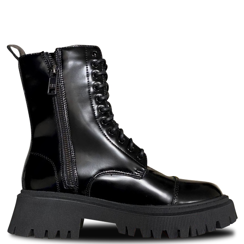 Фото Balenciaga Tractor Boots Patent Fur